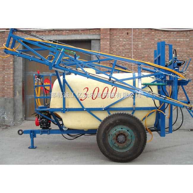 18米/3000升牵引式喷雾机